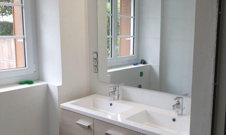 Installation et pose de meubles de salle de bains à Redon