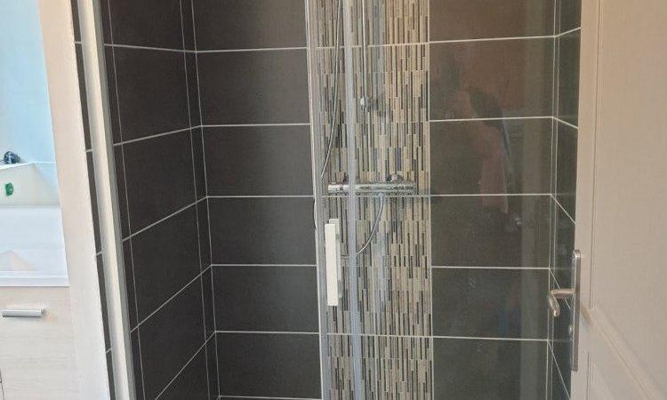 Création de salle de bain clé en main à Redon